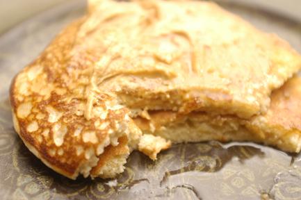high protein pancake with pb