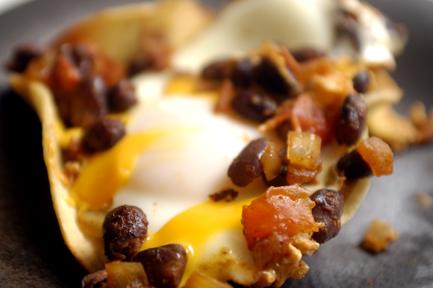 Huevos Rancheros in Tortilla Cups